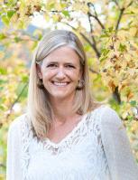 Dr. Karen Sanderson : Cardiology Veterinarian + Practice Owner, DACVIM