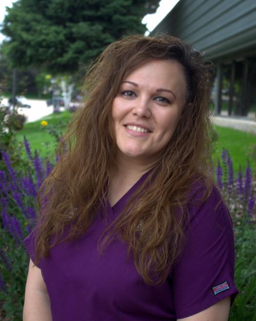 Sarah Dykstra : Internal Medicine Nurse, Surgery + Internal Medicine Nursing Supervisor